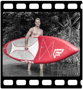 Tragen eines SUP Boards
